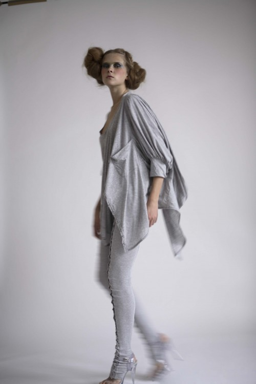 Future Classics fashion SS08 collection Fine Grey Marl Jersey Leggings & Deconstructed T set side view