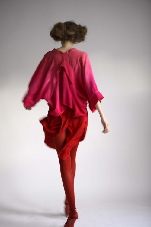 Future Classics fashion SS08 collection Ombre Pink Silk open back kaftan, back view