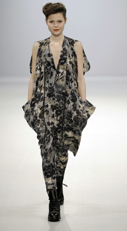 Future Classics fashion AW09 collection: Waste Not Want Not Look 33 Print