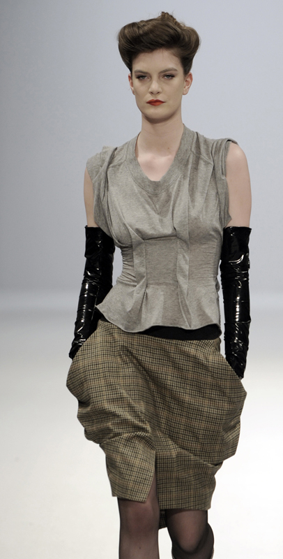 Future Classics fashion AW09 collection: Waste Not Want Not Grey Boned T shirt & Tweed French Pencil Skirt